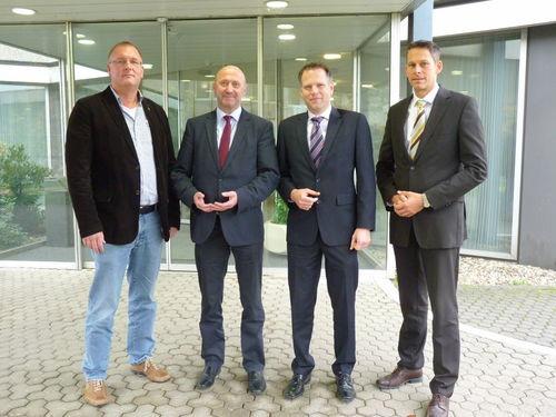 v.l. Siegfried Schulz, Rainer Thiel, Dr. Patrick Giefers, Dr. Stephan Müller © INEOS Köln GmbH