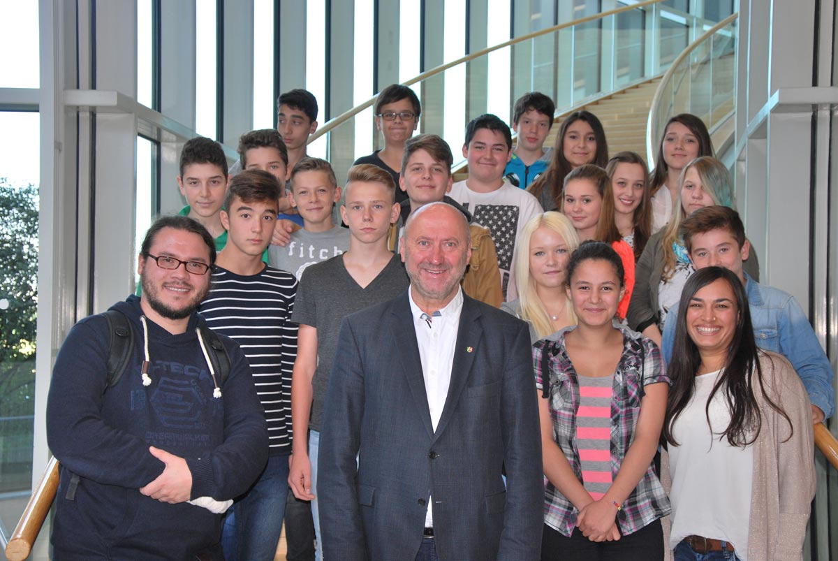 Diedrich-Uhlhorn-Realschule besuchte den Landtag NRW